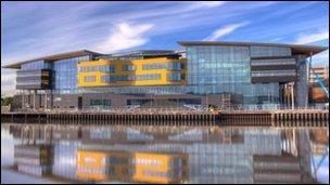 Campws Prifysgol Cymru, Casnewydd