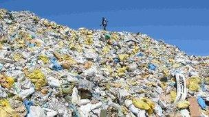 Maldives 'Rubbish Island' is 'overwhelmed' by garbage