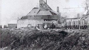 Pwll Cymmer yn 1856