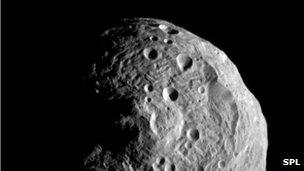 Asteroid makes near-miss fly-by
