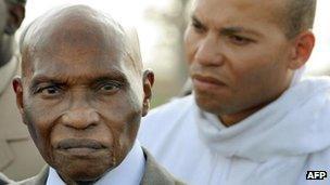 Abdoulaye Wade (l) and his son Karim