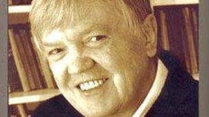 Elvey MacDonald