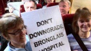 Protestwyr Ysbyty Bronglais