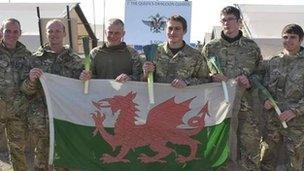 Aelodau o'r Marchfilwyr Cymreig yn Afghanistan