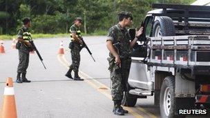 Brazilian troops at border patrol