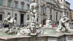 Fontana del Moro, Rome