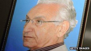 Portrait of FFS founder Hocine Ait Ahmed