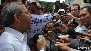 UN special envoy Surya Subedi speaks to the media in Borei Keila community in Phnom Penh