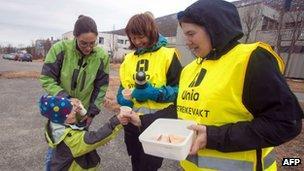 Striking workers in Tromsoe (24 May 2012)