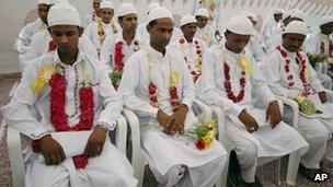 Mass Muslim marriage in Gujarat