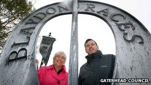 Sculptor Andrew McKeown (right) with Councillor Linda Green