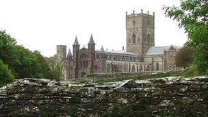 Eglwys Gadeiriol Tyddewi