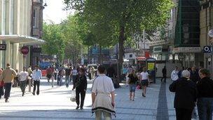 Heol-y-Frenhines, Caerdydd