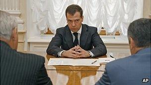 Dmitry Medvedev with separatist leaders in Kremlin, 14 Aug 08