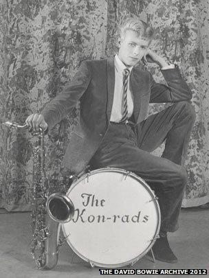 David Bowie in The Kon-rads