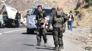 Turkish forces on the scene of a bomb attack in south-west Turkey
