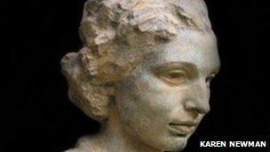 Bronze sculpture of Noor Inayat Khan