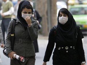 Iranian women wearing masks in Tehran (file photo)