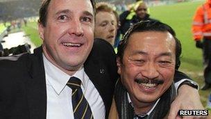Malky Mackay a Vincent Tan