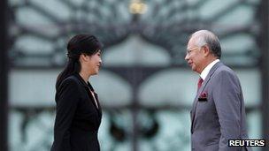 Visiting Thailand PM Yingluck Shinawatra and her Malaysian counterpart Najib Razak in Kuala Lumpur, 28 February 2013