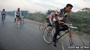 Karachi cycling club