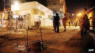 Scene of blast outside MQM office, Karachi, Pakistan (4 May 2013)