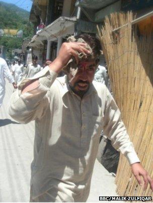 Injured man in Hajira