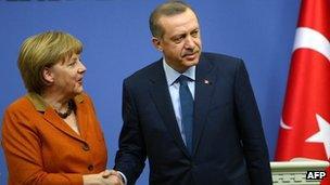German Chancellor Angela Merkel with Turkish Prime Minister Recep Tayyip Erdogan (25 February 2013)