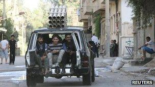 Free Syrian Army fighters (July 2013)