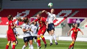 Cymru dan-19 v.Lloegr dan-19