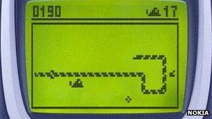 Snake game on Nokia phone
