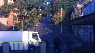 Derry bomb alert