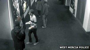 CCTV of Jamie Reynolds