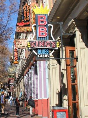 Music venues in downtown Nashville