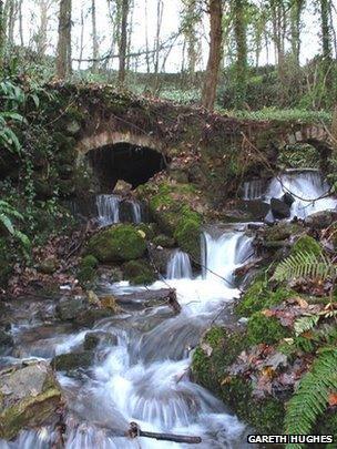 Ffynnon Sant Dyfnog