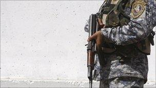 Iraqi police officer