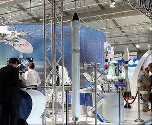 Model of new Zenit-based rocket at Farborough Airshow (Image: Anatoly Zak)