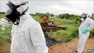 Trafigura found guilty of exporting toxic waste - BBC News
