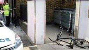Hall's abandoned bike