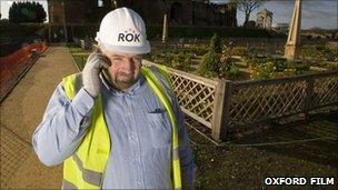 Rok builder at work