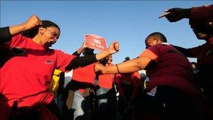 Protesters block the entrance of Helen Joseph Hospital in Johannesburg on 19 August 2010 on the second day of a national strike