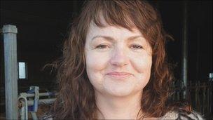Farmer Poula Kristin Buch