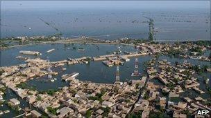 New flood zone around Shahdakot, Pakistan