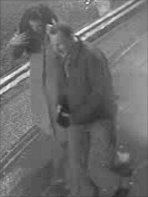 Couple captured on CCTV whom police would like to trace