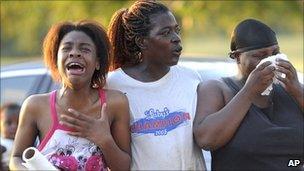 Why don't black Americans swim? - BBC News