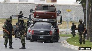Drug raid by Mexican security forces near Monterrey 26 August 2010
