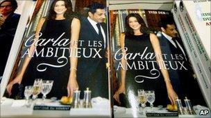 """Copies of """"Carla et les ambitieux"""" at a bookshop in Paris"""