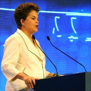 Presidential candidate Dilma Rousseff speaks during a TV debate. Photo: Emma Lynch/BBC