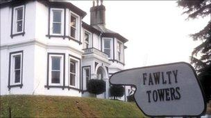Scene from the BBC's Fawlty Towers comedy