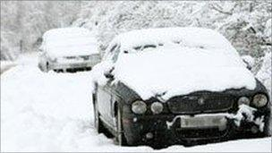 Cars left abandoned on the A3